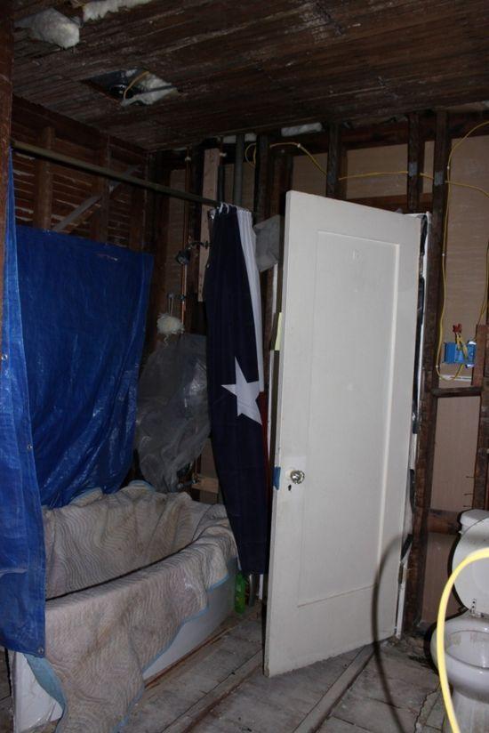 Bydlení - přestavba: rozebraná místnost