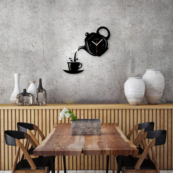 black-and-white-teapot-teacup-novelty-kitchen-clocks-600x600
